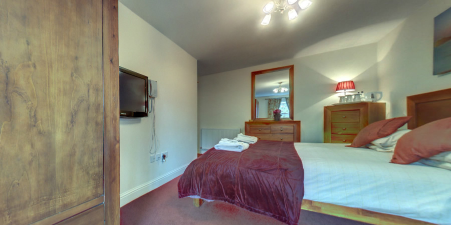 The Elphinstone Hotel Bedroom 360 Tour